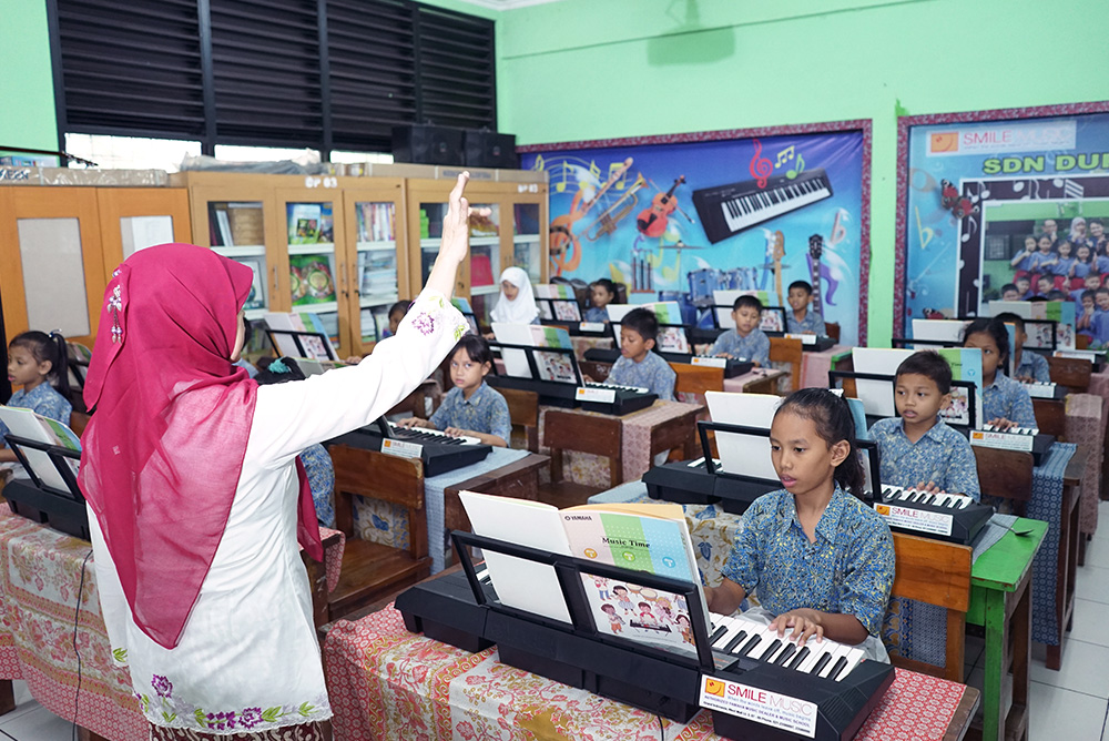 楽器や教材、指導ノウハウをパッケージとして提供する「Music Time」