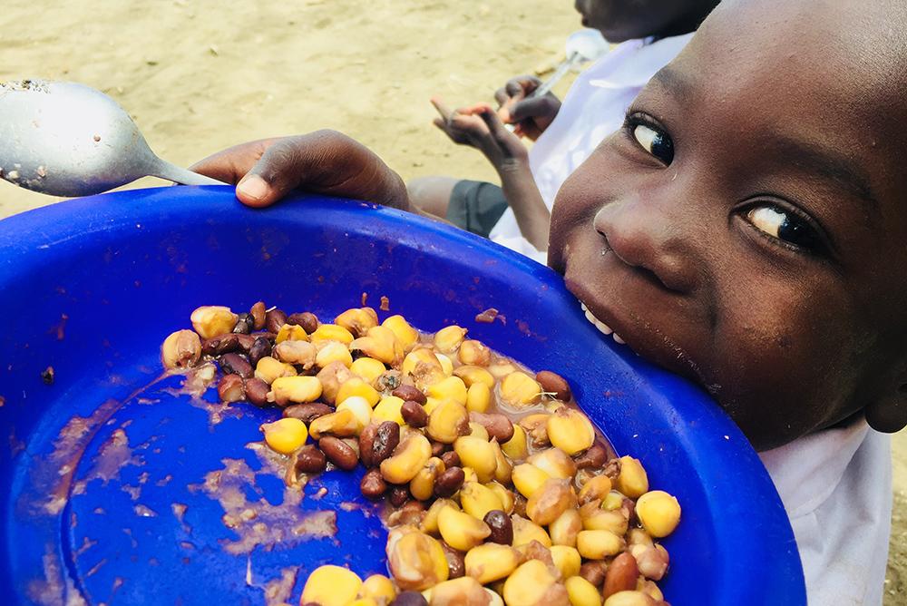 世界人口の9人に1人にあたる8億2100万人もの人が飢餓状態に